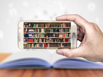 Books, Smartphone, Hand, Keep, Mobile Phone, ComputerBooks Smartphone Hand Keep Mobile Phone Computer